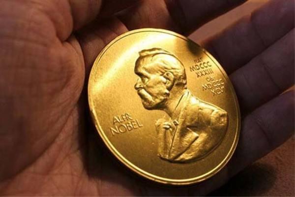 诺奖得主将被授予中国绿卡 更多顶尖人才将来华