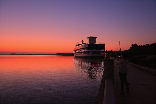亚洲最大的城中湖,面积达到了7万亩