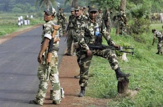 4万印军正向中印边境集结 与中国最近距离仅500米