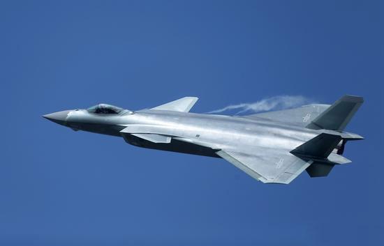 美媒中俄最新隐形战机:歼20比T50有一大优势